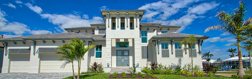 The Marco island builders provide the best service to design and build the custom house of your dreams