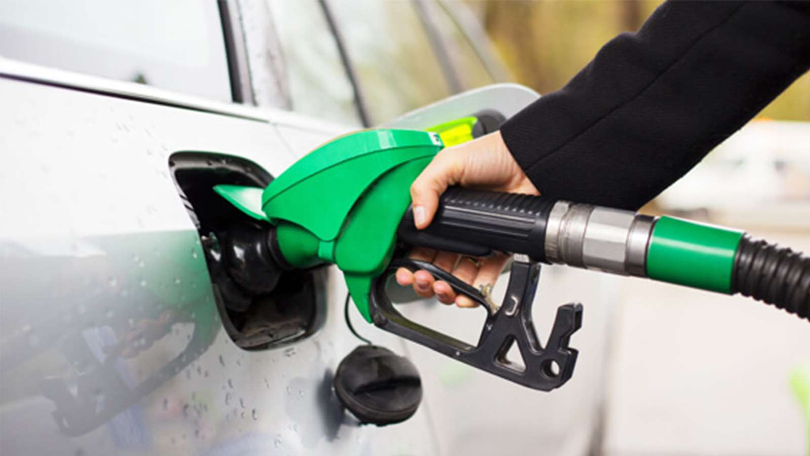 How cruise control helps in saving fuel consumption
