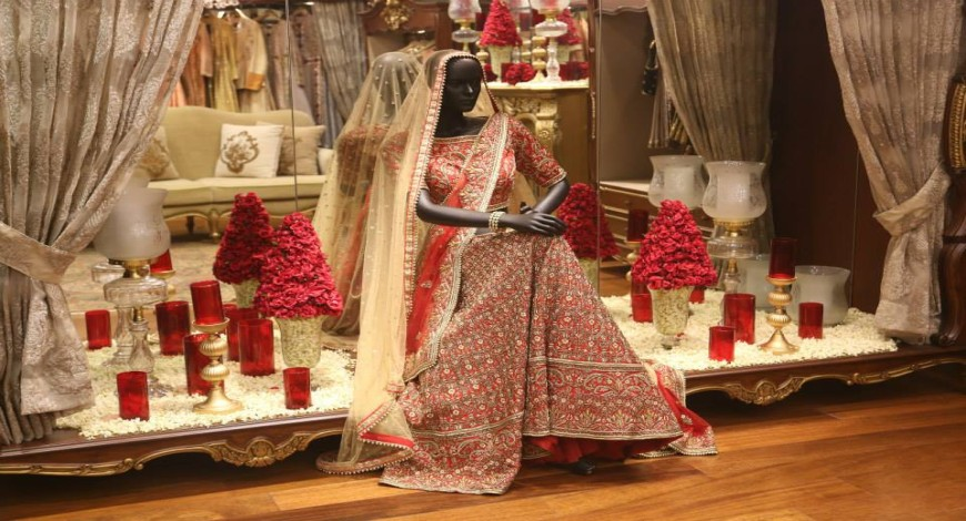 Get all the products and services related to a wedding fair (웨딩박람회) and acquire highly trusted products